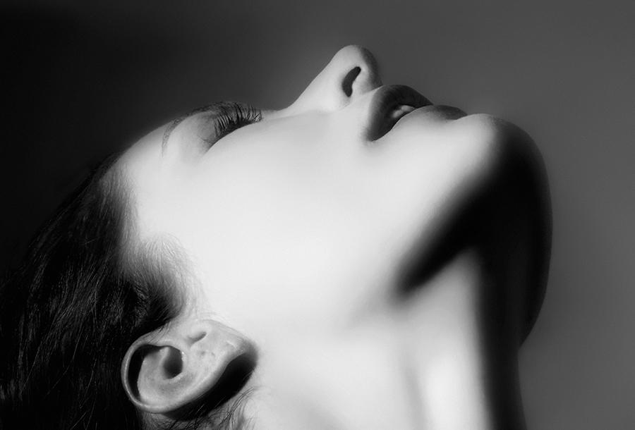 stella spinas – stella – porträts – portraits – schauspielerin – künstlerin – actress – artistin – art – kunst – art photography – fotografie – by peter gartmann – by peter walther gartmann – walther gartmann – gartmann – susanne minder art picture collection – susanne minder photo collection – collection susanne minder – bildarchiv – sabina roth – roth – art + photography – kunst + fotografie – basel – zürich – schweiz – switzerland – represented by marco stücklin – www.marco-stuecklin.ch – marco stücklin – stücklin – stuecklin